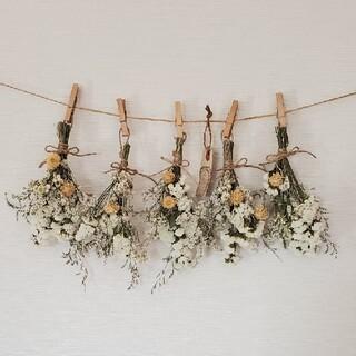 ホワイト系ボリューム小花のドライフラワースワッグガーランド(ドライフラワー)