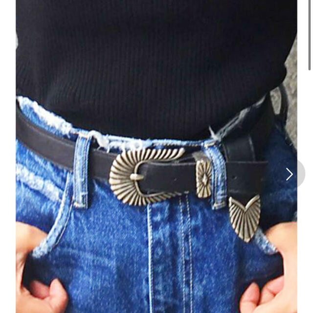 EVRIS(エヴリス)のエヴリス メタルバックルレザーベルト レディースのファッション小物(ベルト)の商品写真