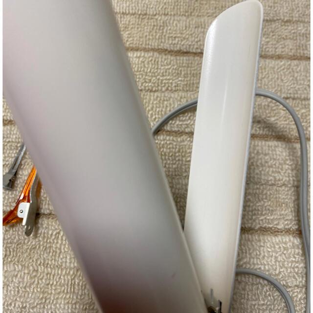 Lumiere Blanc(リュミエールブラン)のヘアビューロン 34.0mm 2D スマホ/家電/カメラの美容/健康(ヘアアイロン)の商品写真