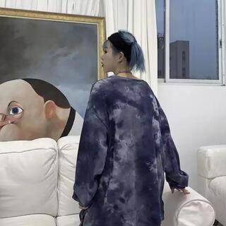 ネイビー タイダイ柄ロングTシャツ
