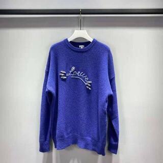 ロエベ(LOEWE)の【LOEWE】ロゴ刺繍&クリスタル*長袖セーター*ニット*(ニット/セーター)