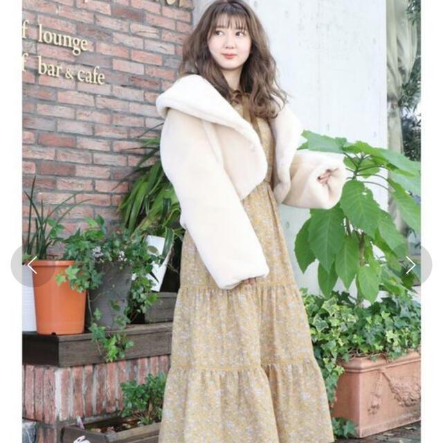 dazzlin(ダズリン)のdazzlin ボアショートコート レディースのジャケット/アウター(毛皮/ファーコート)の商品写真