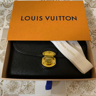 LOUIS VUITTON - 極美品! LOUIS VUITTON ルイヴィトン マヒナ 長財布 ブラック