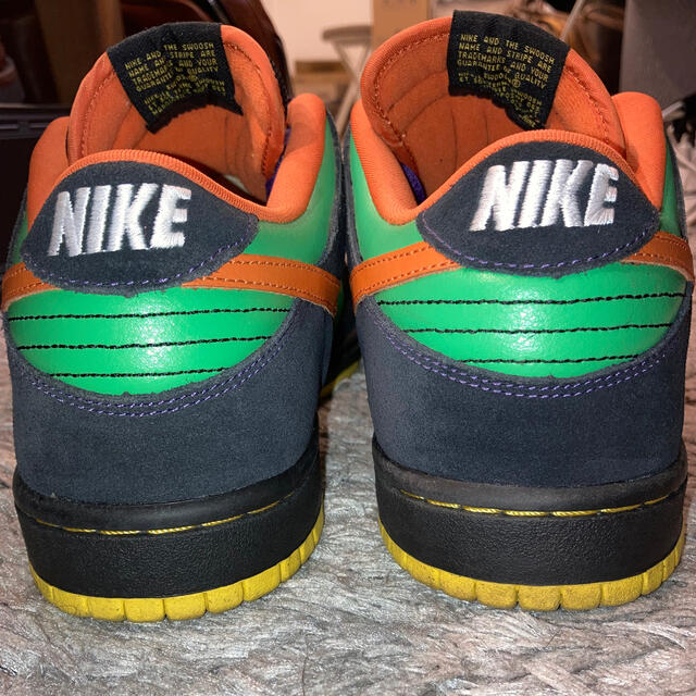 NIKE(ナイキ)のNIKE Dunk Low Premium SB 313170-381 メンズの靴/シューズ(スニーカー)の商品写真