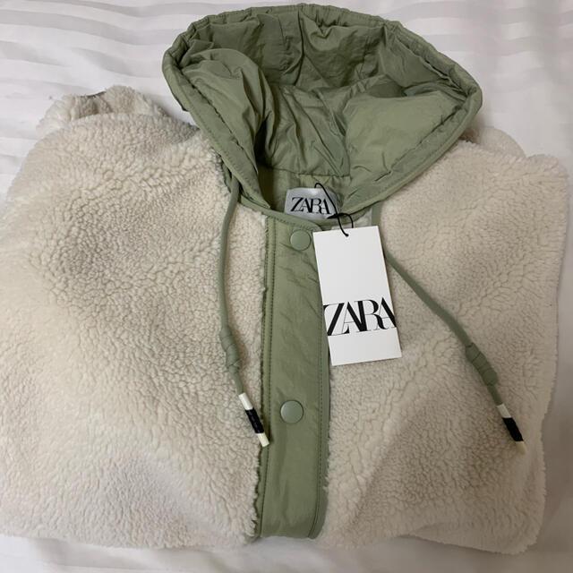 ZARA(ザラ)のZARA ザラ キルティングボア生地ジャケット S レディースのジャケット/アウター(ブルゾン)の商品写真