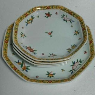 タチキチ(たち吉)のたち吉  八角皿 中華中皿4枚と大皿1枚(食器)