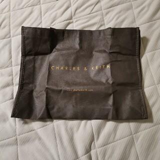 チャールズアンドキース(Charles and Keith)のチャールズアンドキースの袋(ハンドバッグ)