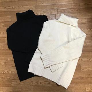 GU - GU ローゲージタートルネックセーター メンズSサイズ