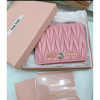 miumiu - miumiu 折り財布