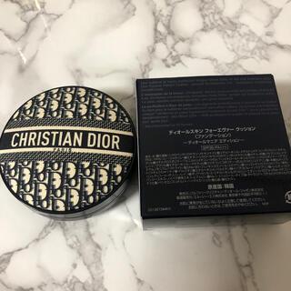 Christian Dior - ディオールスキンフォーエヴァークッションファンデーション