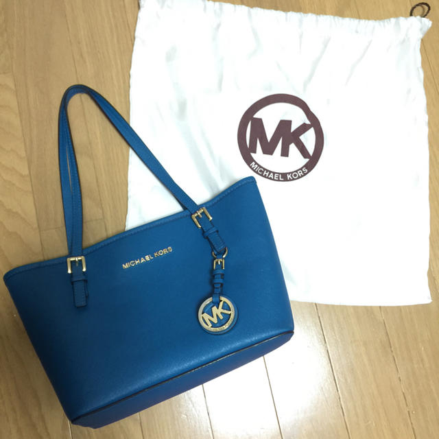 Michael Kors(マイケルコース)のMICHAEL KORS ハンドバッグ レディースのバッグ(ハンドバッグ)の商品写真