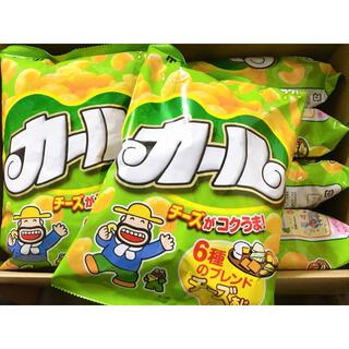 メイジ(明治)の明治製菓 カール 西日本限定 チーズあじ 64g×3袋(菓子/デザート)