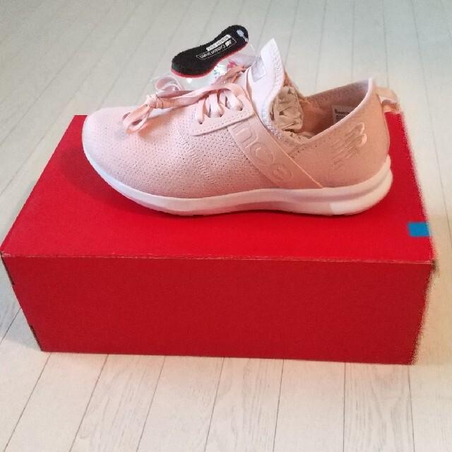 New Balance(ニューバランス)のnew balance WXNRGTP PINK レディースの靴/シューズ(スニーカー)の商品写真