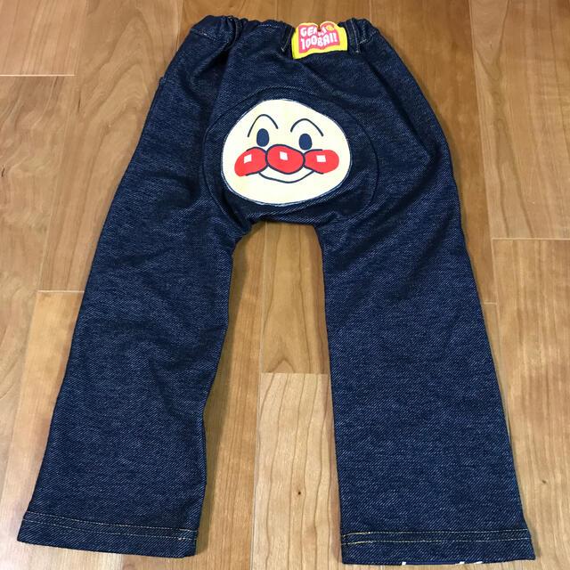 BANDAI(バンダイ)のアンパンマン 95サイズ ズボン キッズ/ベビー/マタニティのキッズ服男の子用(90cm~)(パンツ/スパッツ)の商品写真