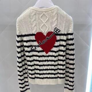 レッドヴァレンティノ(RED VALENTINO)のREDVALENTINO ボダン付きセーター(ニット/セーター)