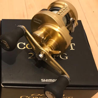 SHIMANO - オシアコンクエスト 200PG