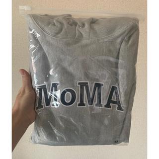 MOMA - moma edition championフーディー サイズm