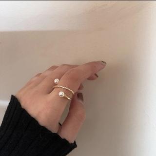 スナイデル(snidel)のr29】ダブル パール ラインストーン リング 指輪 ゴールド(リング(指輪))