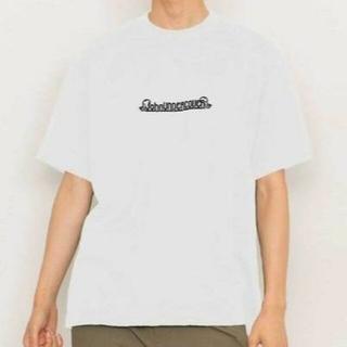 アンダーカバー(UNDERCOVER)の【John UNDERCOVER】STUDIOUS限定ロゴ刺繍TEE(Tシャツ/カットソー(半袖/袖なし))