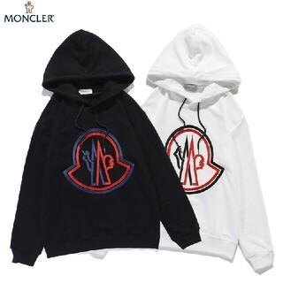 MONCLER - ☆2枚1000円引き☆送料込み☆M5 パーカー