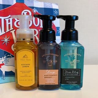 バスアンドボディーワークス(Bath & Body Works)の【新品】バスアンドボディワークス ハンドソープ 3本セット(ボディソープ/石鹸)
