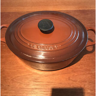 ルクルーゼ(LE CREUSET)のル・クルーゼ 鍋 ココットオーバル ブラウン(鍋/フライパン)