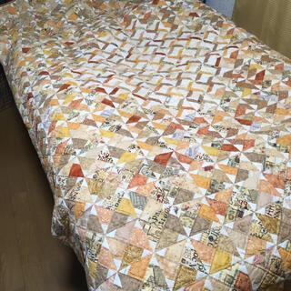 パッチワーク ベッドカバー