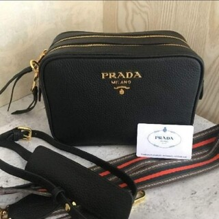 PRADA - PRADA ショルダーバッグ カメラバッグ 可愛い