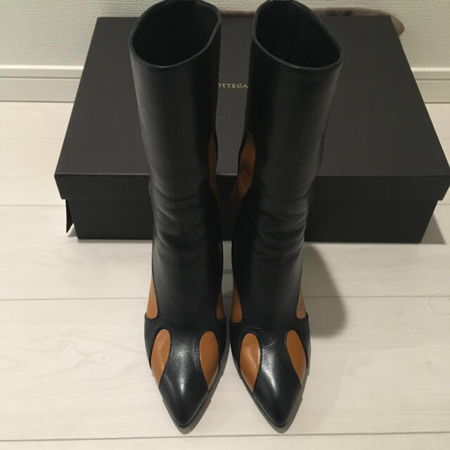Bottega Veneta(ボッテガヴェネタ)のボッテガ ヴェネタ ブーツ レディースの靴/シューズ(ブーツ)の商品写真
