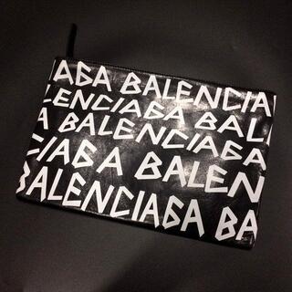 Balenciaga - BALENCIAGA バレンシアガ ロゴ バッグ クラッチ ブラック
