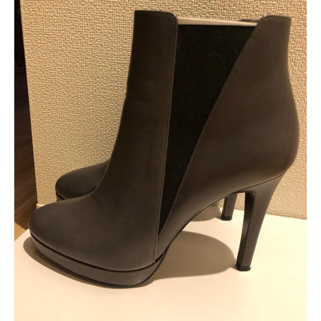 DIANA(ダイアナ)の極美品♡ダイアナDIANA ショートブーツ レディースの靴/シューズ(ブーツ)の商品写真