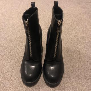 フォーエバートゥエンティーワン(FOREVER 21)のForever 21 のブーツ(ブーツ)