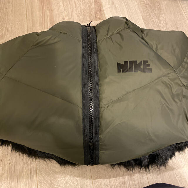 NIKE(ナイキ)の新品未使用 Nike x sacai Women's Park XS レディースのジャケット/アウター(ダウンジャケット)の商品写真