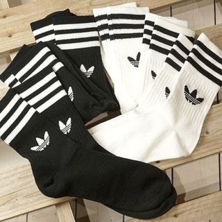adidas - adidas☆ミッドカットクルーソックス黒白2足組/22〜24cm