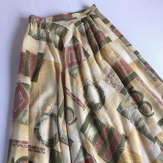 サンタモニカ(Santa Monica)のused レトロ アートな総柄 スカート  古着 ヴィンテージ vintage(ロングスカート)