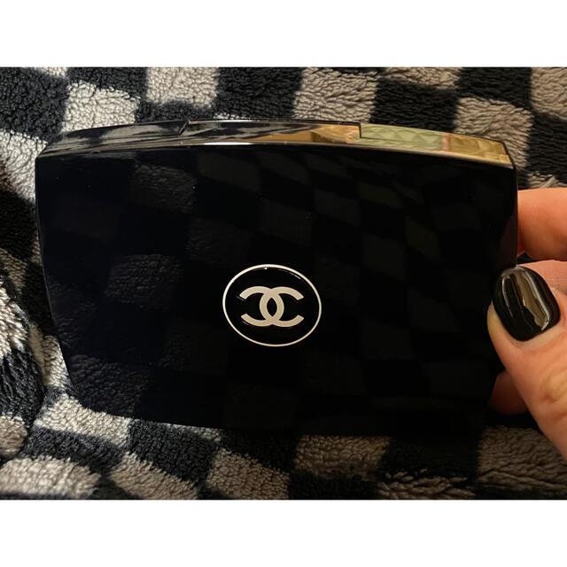 CHANEL(シャネル)のシャネル ファンデーション コスメ/美容のベースメイク/化粧品(ファンデーション)の商品写真