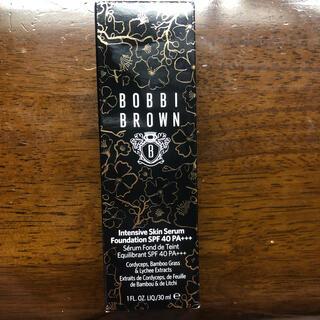 ボビイブラウン(BOBBI BROWN)のボビイブラウン ファンデーション 限定ボトル(ファンデーション)