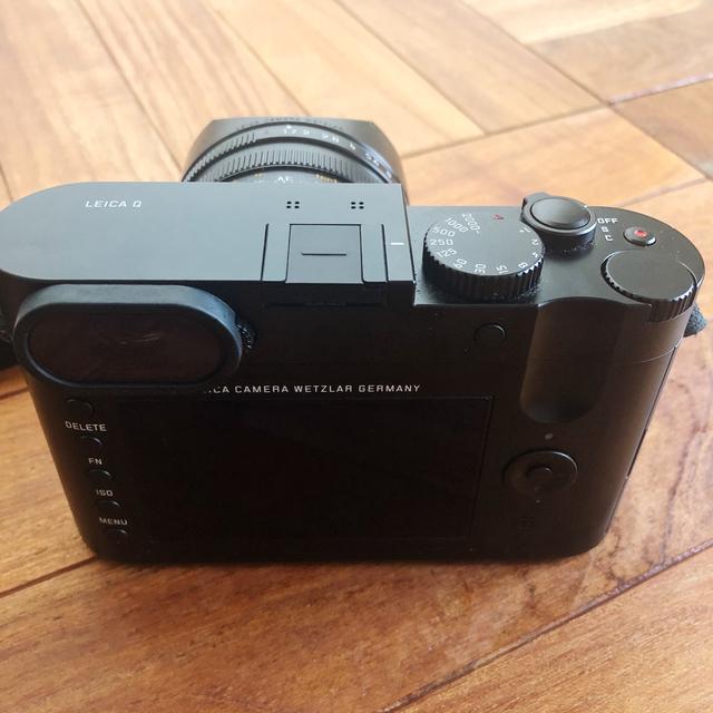 LEICA(ライカ)のLeica Q typ116 ブラック(予備バッテリー/ケース付) スマホ/家電/カメラのカメラ(コンパクトデジタルカメラ)の商品写真
