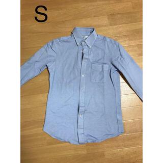 ユニクロ(UNIQLO)のユニクロ シャツ ライトブルー S(シャツ)