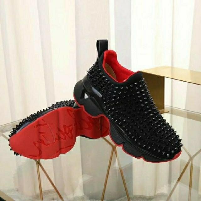 Christian Louboutin(クリスチャンルブタン)の最高品質 人気爆品 Christian Louboutin スニーカー メンズの靴/シューズ(スニーカー)の商品写真