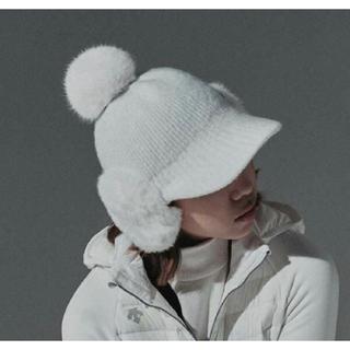 デサント(DESCENTE)の☆DESCENTE GOLF 韓国☆ ボンボン付き ニット帽子(その他)