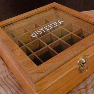 ドテラ アロマケース 木箱