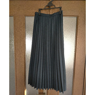 UNIQLO - UNIQLO ロングスカート 黒