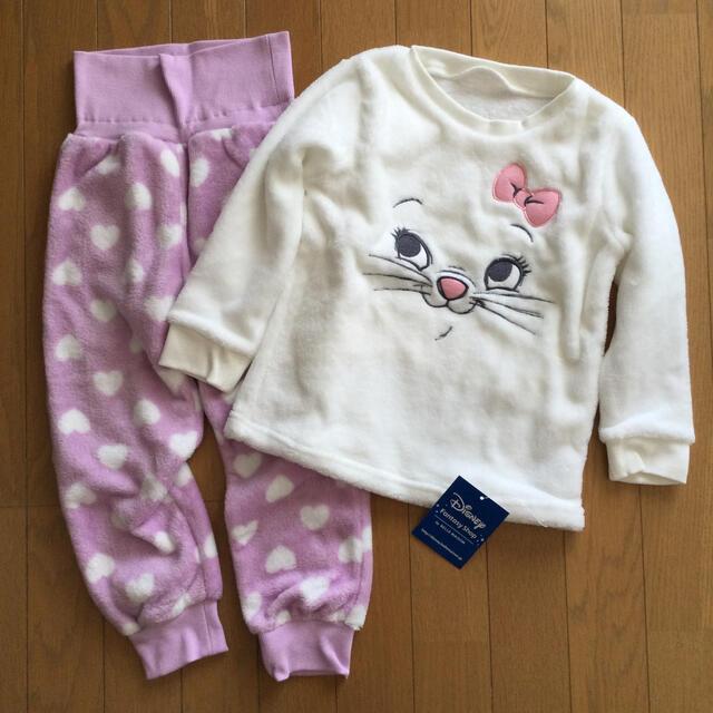 Disney(ディズニー)のフリース もこもこ パジャマ 100〜110cm キッズ/ベビー/マタニティのキッズ服女の子用(90cm~)(Tシャツ/カットソー)の商品写真