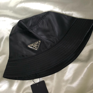 PRADA - 【PRADA(プラダ)】 ロゴ バケットハット ブラック 黒 帽子