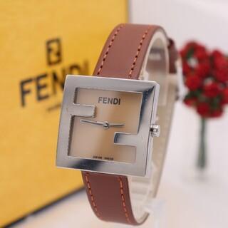 FENDI - 正規品【新品電池】FENDI 4000L/ズッカ 人気モデル ブラウン 動作品