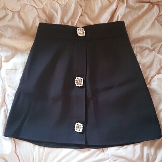 evelyn - アンミール ビジューボタンスカート