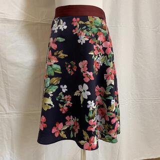 SunaUna - 美品スーナウーナの華やかな花柄スカート サイズ36、S、7号