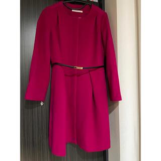 スコットクラブ(SCOT CLUB)のVin 飾りベルト付 ショッキングピンクのウールコート(ロングコート)