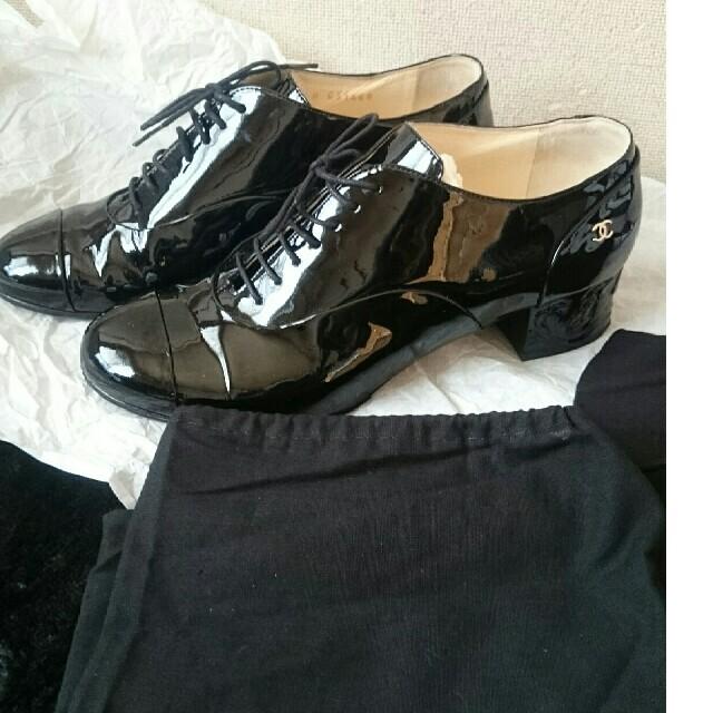 CHANEL(シャネル)の正規店購入美品CHANELシャネルレースアップシューズDrawer レディースの靴/シューズ(ローファー/革靴)の商品写真